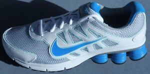 WOMENS NIKE SHOX QUALIFY +2 SIZE 8.5 BLUE / SILVER / WHITE RUNNING / TRAINER