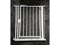 2x Bettacare Narrow Fitting Baby Gates