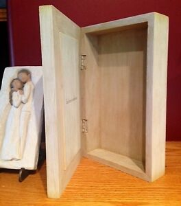 Willow Tree's 'In Love's Embrace Memory Box, Plaque/Stand