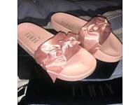Puma fenty bow pink slides