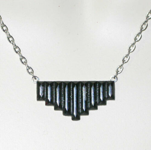 ~CLASSIC VTG 1920s ART DECO PRESSED Faceted BLACK GLASS NECKLACE!~~