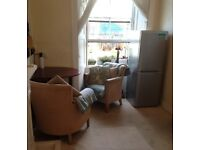 Room To let in shared Central Stirling flat - lovely area, fully furnished with bills & free parking