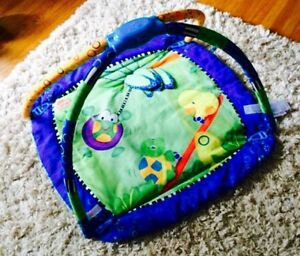 Baby play activity mat excellent condition!