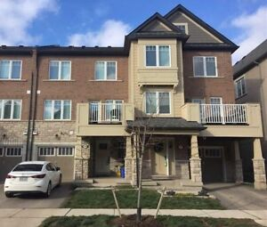 Location! Location!! Beautiful Townhouse for Rent in Oakville