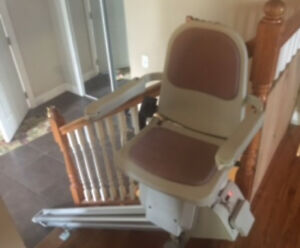 Barely Used Acorn Stairlift