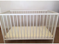 IKEA Baby cot with 2 extra matresses