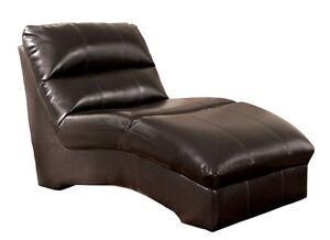 Chaise buy and sell furniture in calgary kijiji for Chaise bercante kijiji