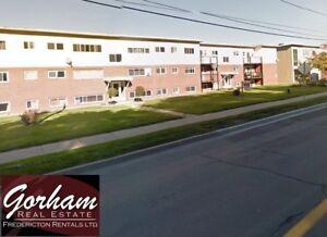 1 BEDROOM - JULY 1ST -HEAT/HOT WATER INC. - DOWNTOWN