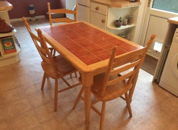 Dining table and three chairs in Barry Vale of  : 86 from www.gumtree.com size 750 x 546 jpeg 53kB