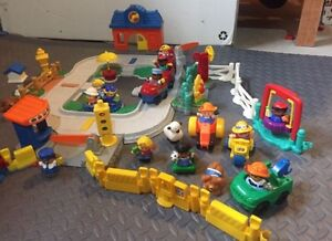 Fisher Price Little People Train Station, Town & Fire Station