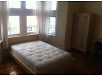 Huge double room for rent near Elephant Castle Borough Tower Bridge On Old Kent Road Two bathrooms