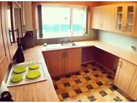 Calling Students: Three Double Bedroom Flat, Minutes From Uni