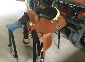 15inch barrel racing saddle for sale!