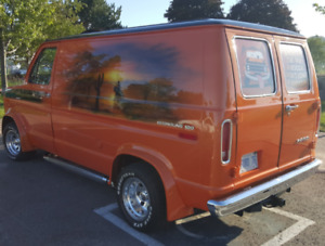Show winner time after time 1976 Ford Van