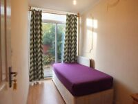 ***Lovely single room with own garden available 5mins by walk to Limehouse Station on DLR.***