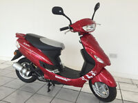 LEXMOTO 50cc SCOUT IN RED -LOVELY FIRST SCOOTER, STYLISH, RELIABLE AND FUN TO RIDE