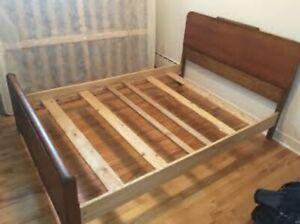 Base de lit queen bois véritable