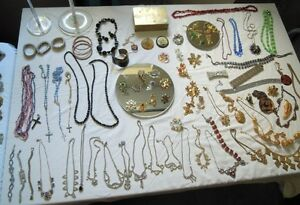 POP UP SALE ~VINTAGE JEWELRY, ACCESSORIES & LAMPS
