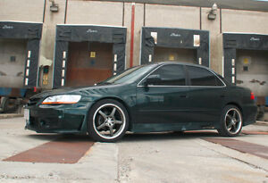 Honda Accord EX-L - FULLY LOADED - very LOW mileage - Certified