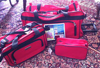 NEW 3-piece Travel/Sports Rolling Duffle Bag Set, Red - UPDATED