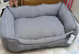 Dog bed Scruffs Manhattan cosy box bed brand new
