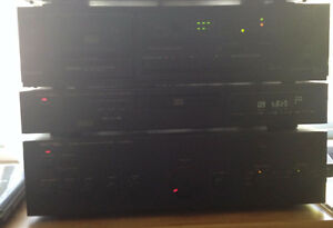 Denon DR-M10 2 head/3 motor cassette deck with tapes $40 London Ontario image 5