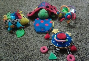 Lot of assorted baby toys 4 pcs