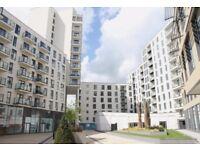 2 bedroom flat in Nankeville Court Guildford Road, Woking, GU22