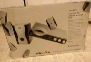 Yamaha YHT-440 receiver & 5.1 surround