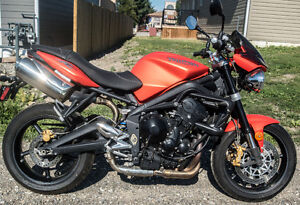 Street Triple R in excellent condition