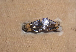 14kt Engagement Ring Set by Siffari - never worn