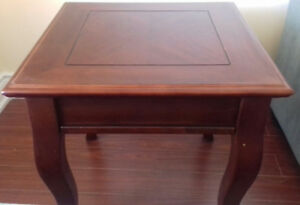 Coffee table & 2 side tables for sale(cheap)