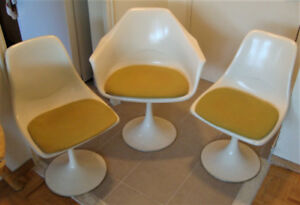 Set of 3 Tulip Style Chairs - Vintage!