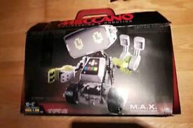 Meccano max