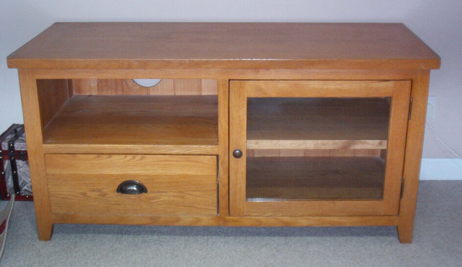 Oak TV Stand Unit With Drawer Shelf & Cupboard Good Condition