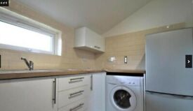 Spacious Studio Flat to Rent on Vaughan Road, Camberwell SE5. Students Welcome
