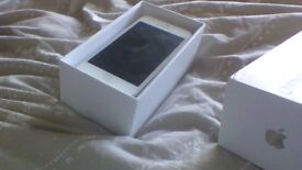 iPhone 5 White 32GB - 02 - COMES IN BOX WITH CHARGER