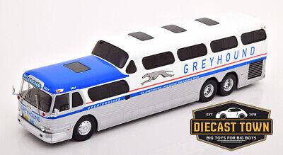 1:43 Scale IXO Greyhound GMC Scenicruiser Bus 1956 Red, White & Blue