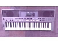 Yamaha PSR E443 - Great condition cost over £300 new