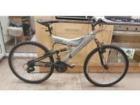 """Shockwave 550 mountain bike. 18"""" Frame. 26"""" wheels. Fully working. Read add"""