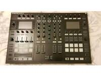 Traktor S8 with Software