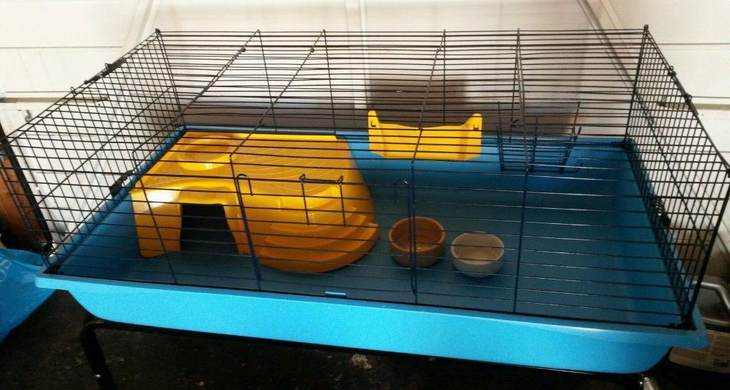 Rabbit guinea pig indoor cage with stand fits w113 l59 h47 for Guinea pig stand