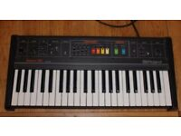 Roland Saturn 09 Analogue Vintage synth/organ.