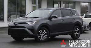 2016 Toyota RAV4 LE! AWD! LOADED! ONLY 35K!