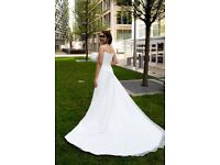 White Wedding Dress with Bouquet as new - Size 8 - 10 reduced as needs to go