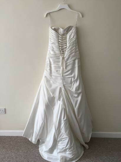 private label wedding dress size