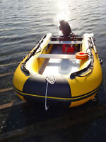 Inflatable boat FREE SHIPPING SPECIAL (Victora)