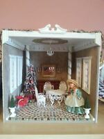 Doll Roombox