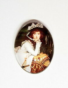 2-of-40x30-mm-Victorian-Glass-Woman-Portrait-Cameos-with-Vibrant-Colors-Nice