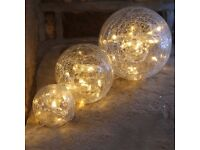 BRAND NEW IN BOX 3 CRACKLE GLASS BALL LIGHTS